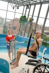 Handi-Move  - Classic spreader bar , Mobile pool lift  , Bath seat PVC
